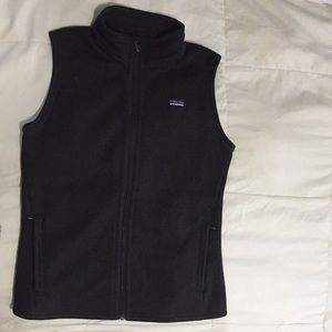 Patagonia Women's Zip Vest in black